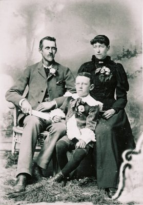 Marion, Eve, and Fred Tillotson