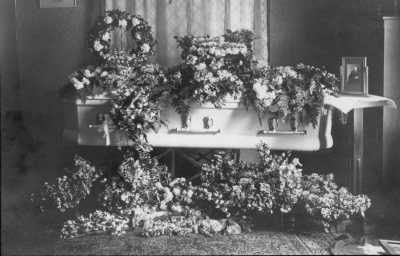 Mary Jane Tillotson Howard Casket