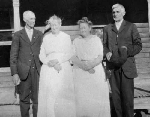 Marion and Eva Tillotson, Nellie and John Caswell